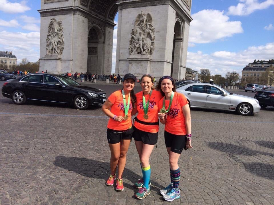 Wendy with Leanne at the Paris Marathon